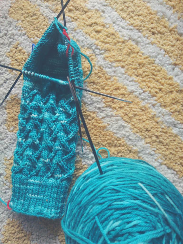Socken Stricken – Socks of Kindness