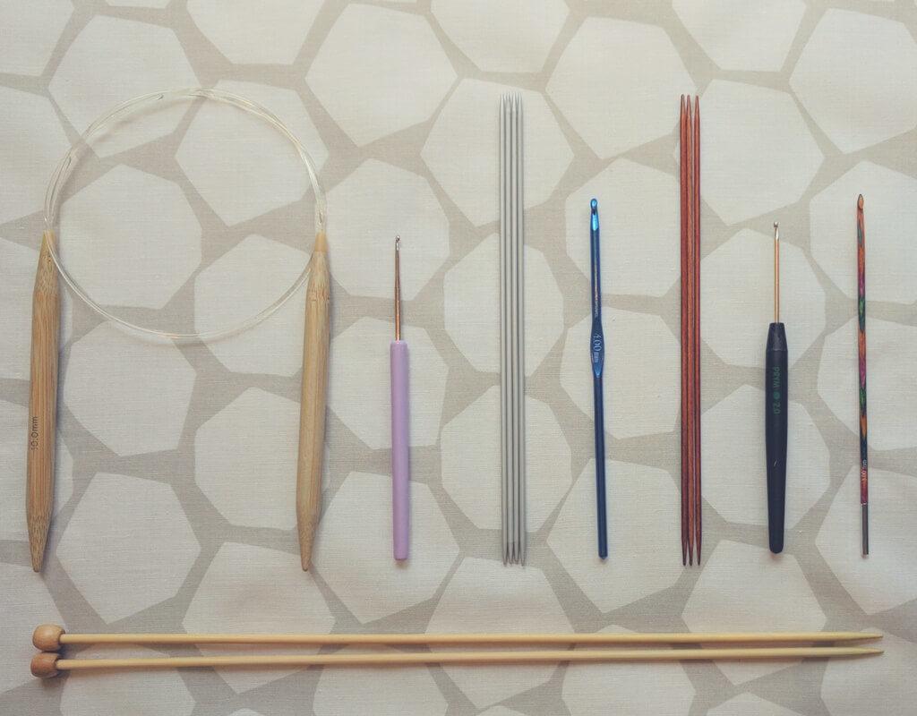 Auswahl von verschiedenen Nadeln